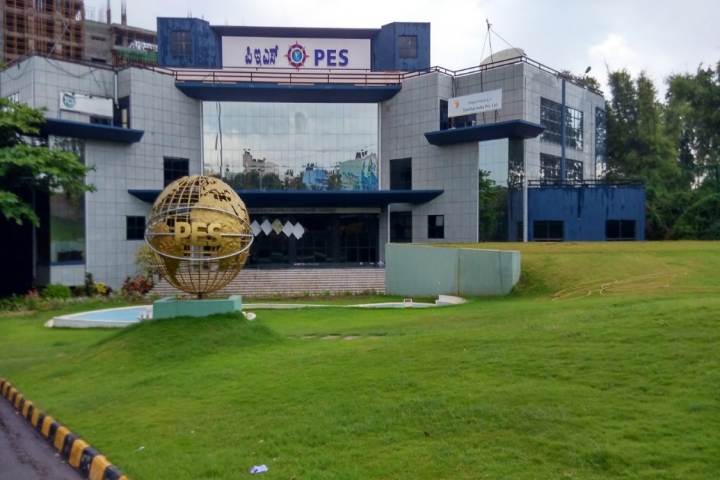https://cache.careers360.mobi/media/colleges/social-media/media-gallery/37/2018/10/6/Campus View of PES University Bangalore_Campus-View.jpg